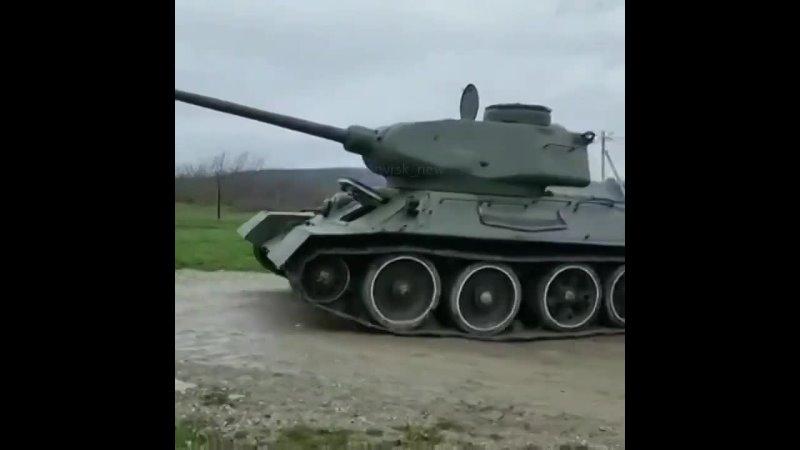 Операция по воскрешению танка Т 34 в Новороссийске