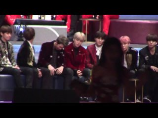 161202 BTS focus reaction of Artist of the year[MAMA 2016](HD)
