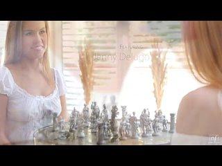 две лесбияночки сначала играют в шахматы,  а затем убложают друг  друга
