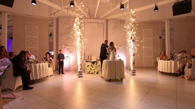 Спаркулары✨на подаче свадебного торта 💞 Кристины и Дмитрия💞 11 09 20 Банкетный зал Александровский сад
