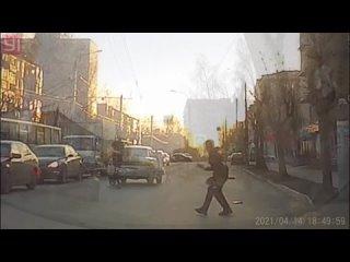 Момент наезда на пешехода на ул. Майская,  Ижевск.