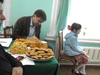г г Томск на конкурсе ТАТАР-КЫЗЫ в паузе песня и импровизация приглашение к Танцу от Татьяны и Валерия.