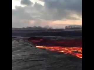 Watching lava river this close must be really amazing - by 990harris