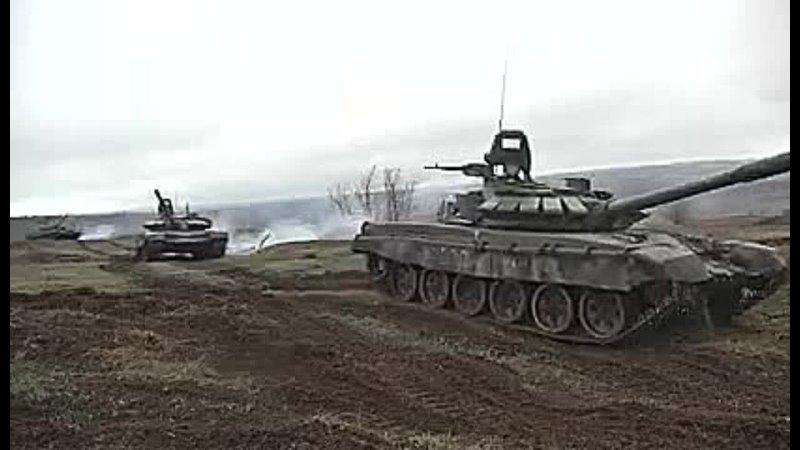 Танкисты ЦВО при поддержке артиллерии уничтожили колонну техники условного противника