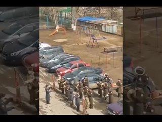 В Тольятти военный оркестр приехал поздравить ветерана