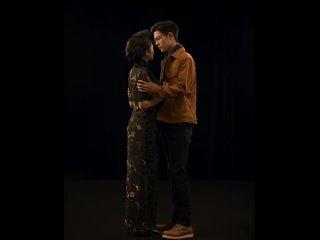 Сяо Чжань в роли Пациента № 5 в пьесе A Dream Like a Dream.