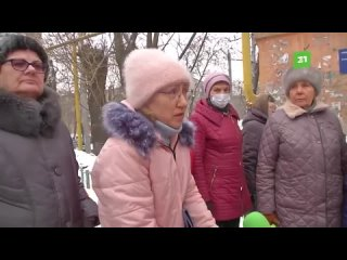 Жители дома в центре Челябинска задыхаются от вентиляционных выбросов местной кулинарии