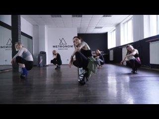 Моё любимое хорео теперь... @jahkhalib 🔥🔥🔥21 марта прошел мастер класс в рамках STRIP ЛАБОРАТОРИИ🌶👠🔥🔥🔥🔥#метрономstrip #танцыка