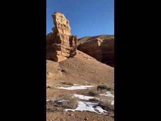 Казахстан 🇰🇿Одна из самых красивых и известных достопримечательностей этого государства – Чарынский каньон. Удивительная приро