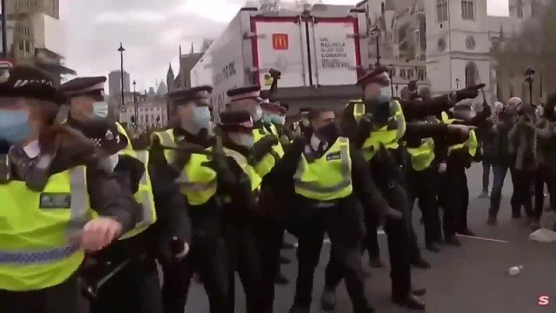 Люди в Англии больше не могут это терпеть Наконец то граждане наконец то покажут силу того что они о них думают
