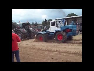Русские трактора против Американских и Европейских