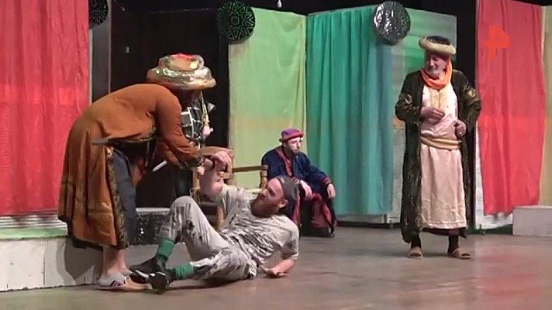 Спектакль Шинель поставили в театре в Алеппо