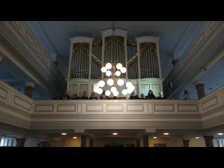 """И.С. Бах Erstanden ist der heil'ge Christ, BWV 628 """"Христос, Спаситель мой, воскрес""""(Орган: Яна Тромбинская, Хор церкви Токсов"""