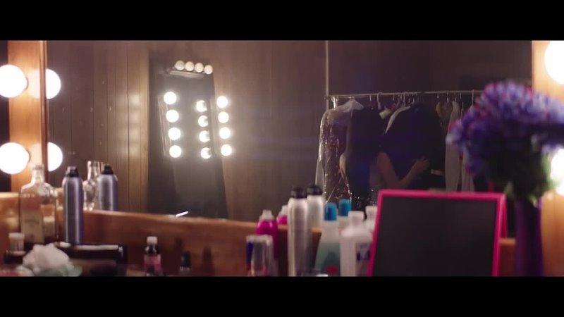 Nessa Barrett la di die feat jxdn Official Music Video