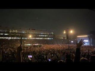 Auckland, la vie d'avant reprend progressivement 50 000 personnes ont assisté le 24 avril à un concert