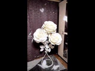 Торшер из роз