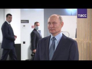 Владимир Путин и Михаил Мишустин приехали в координационный центр правительства РФ