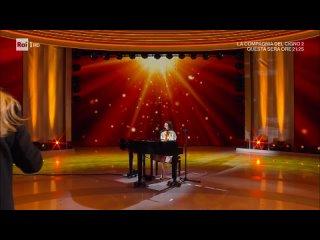 Francesca Michielin - Chiamami per nome (solo acoustic) + intervista con Fedez (Domenica In - 11/04/21)