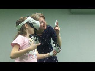 Первое знакомство с VR для мамы с дочкой!