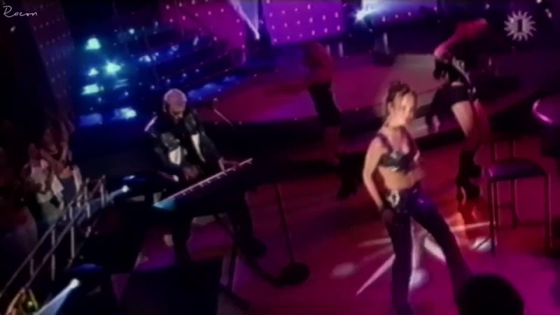 2 Fabiola Feat. Medusa – New Years Day (Live, 1999)