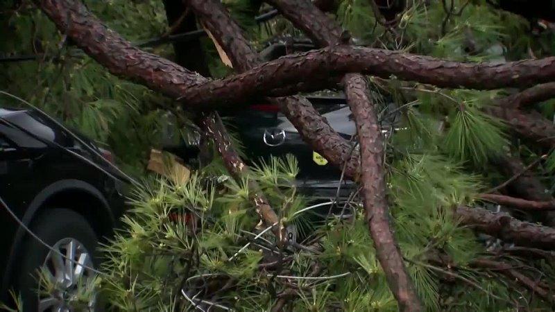 Последствия разрушительных ураганов в южных штатах США Нэшвилл Теннесси́ 28 03 21