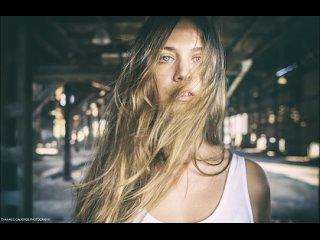 Nick Alexiou - Around My Dreams (Pink Noisy Remix)(720P_HD).mp4