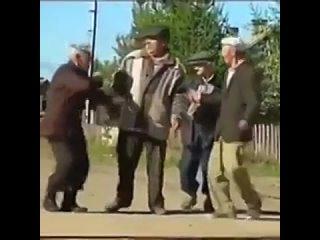 Сельский_танцевальный_батл_)).mp4