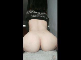 Я снимаю рубашку, чтобы показать тебе свою венесуэльскую подростковую задницу, тебе нравится? 😊  Самые горячиe девочки порно сек