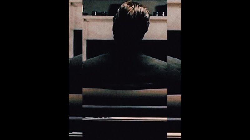 Bruce Robertson 🥀 Vine edit