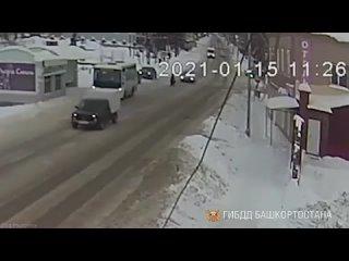 В Башкирии водитель сбил женщину и скрылся