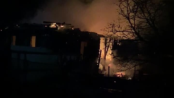 Пожарно-спасательные подразделения Ленинградской области ликвидировали пожар во Всеволожском районе ...