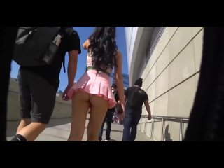 Asian Girl Candid Booty Tiny Skirt [sexy candid girls]