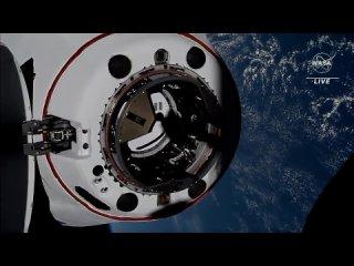 Crew Dragon во второй раз за историю успешно состыковался с МКС
