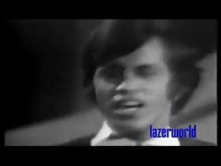 - Alamgir and nazi   Dekha na tha kabhi hum ne ye sama pakistani old song_360p