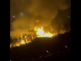 Крупный пожар в промзоне