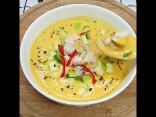 Морковный суп 🥕 -  очень вкусный и полезный супчик с необычным сочетанием ингредиентов. Влюбляет в себя с первой ложечки, согрее