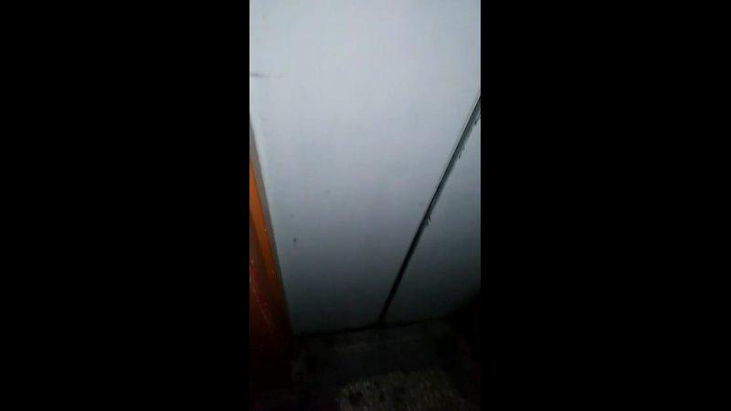 Самый мрачный подъезд с нариками блядями лифт не работал думаю сниму вам комнату ужасов О б у х о вского стайла