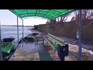 Стена со свойством подводной лодки
