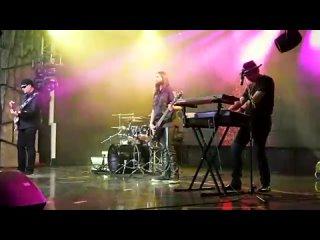 Алмас Багратиони - И снова о любви (Live).mp4