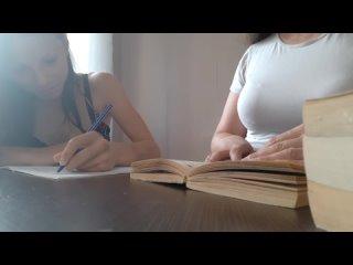 Лесбиянки. Красивые Русские девушки в школе на уроке. =) Лучшее видео эротики (369) Избранное!