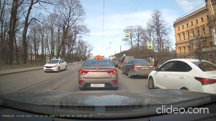 Не ДТП и не ЧП... Просто почти мгновенная карма для водителя КИА, который объехал пробку по встречны...