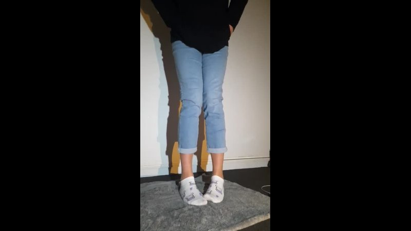 Soaking new jeans.mp4