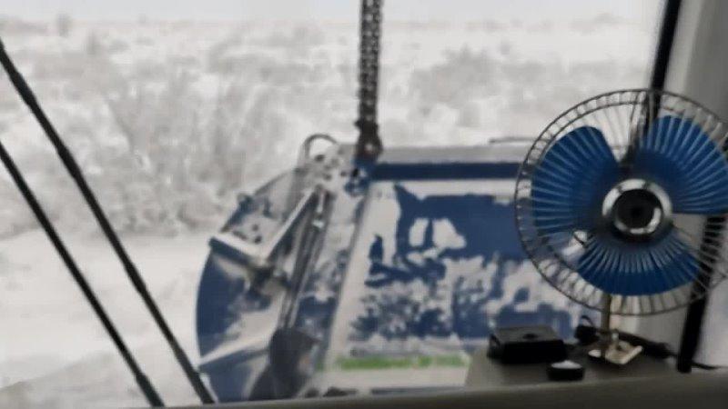 Жека Кран Автокран спешит на помощь Возвращаем на дорогу улетевший мусоровоз