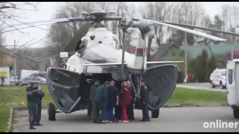 12-летнего мальчика, который вынес из пожара младшего брата, вертолёт забрал в Минск из больницы в Мяделе