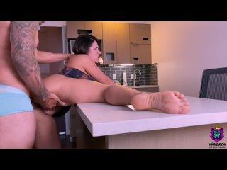 Соседка с аномальными формами тонко намекнула, что хочет секса🤪🍒 #порно #секс #эротика #попка #booty #anal #анал #сиськи