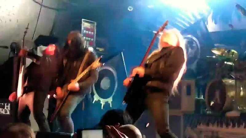 Arch Enemy- The world is Yours(live at the circus, finland, 1.10.2017)