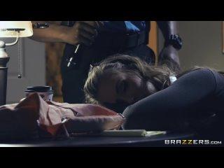 Грудастая Lena Paul занимается сексом с негром на работе. - Смотреть порно, секс видео. [Большие Члены, Межрасовый Секс, Минет]