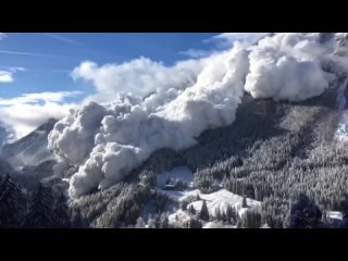 Самые КРУПНЫЕ снежные лавины снятые на камеру