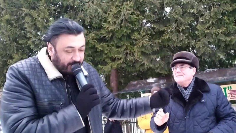 Y2mate.com - Петро Чорний співає на бюветі у Трускавці 19 лютого 2021 р_1080p