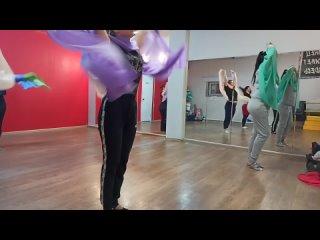 """Уроки в Школе восточных танцев """"Колибри"""" в СПБ Колпино"""